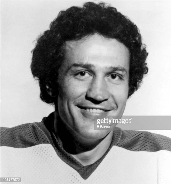 Bill Lesuk of the Winnipeg Jets poses for a portrait in September 1978 in Winnipeg Manitoba Canada