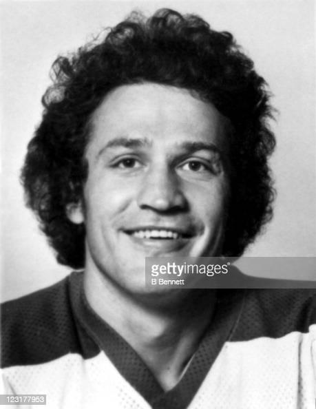 Bill Lesuk of the Winnipeg Jets poses for a portrait in September 1976 in Winnipeg Manitoba Canada