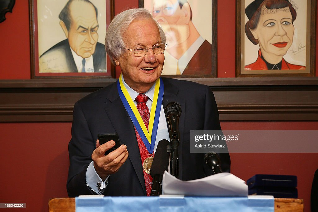 <a gi-track='captionPersonalityLinkClicked' href=/galleries/search?phrase=Bill+Moyers&family=editorial&specificpeople=216048 ng-click='$event.stopPropagation()'>Bill Moyers</a> attends The Deadline Club's New York Journalism Hall of Fame 2013 Luncheon at Sardi's on November 14, 2013 in New York City.