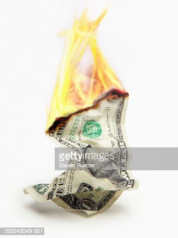 USA $1 bill on fire (Digital Enhancement) : ストックフォト