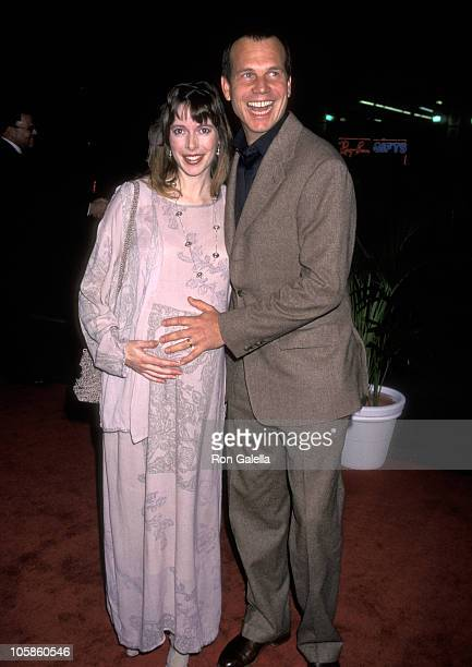 Bill Paxton and Louise Newbury during 'Titanic' Los Angeles Premiere 1997 at Mann Chinese Theatre in Hollywood California United States