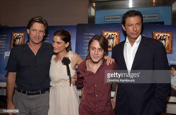 Bill Pullman Amanda Peet Kieran Culkin and Jeff Goldblum