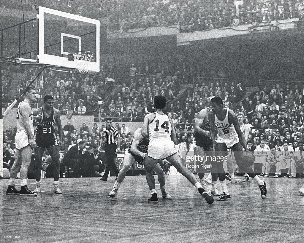 Los Angeles Lakers vs Cincinnati Royals