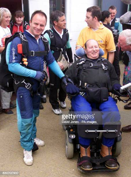 Bill Shand Kydd with instructor Geoff Wood Mr Shand Kidd stepuncle of the late Diana Princess of Wales became the first tetraplegic on a breathing...