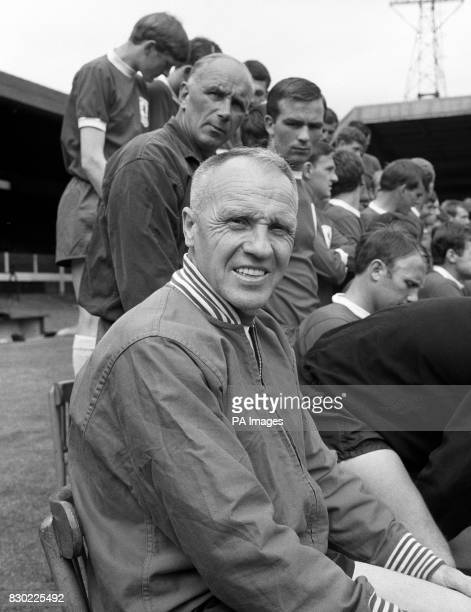 Bill Shankly manager of Liverpool football club during a team photocall in 1967