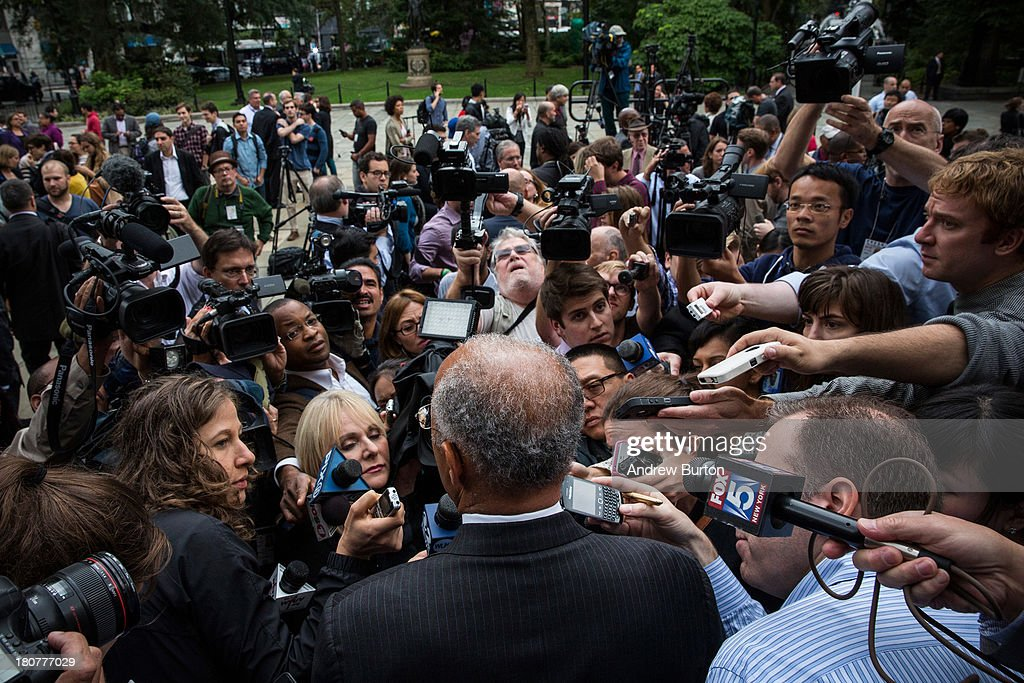 Bill Thompson (C), New York City mayoral hopeful and former New York City comptroller, speaks to members of the media after conceding the Democratic party candidate position to Bill De Blasio (not seen), outside New York City Hall on September 16, 2013 in New York City. Thompson and De Blasio both hoped to win the democratic cadidate position for New York City. While De Blasio had a majority lead in the primary vote with approximately 40% of the votes, Thompson had hoped that he could force a run off between the two.