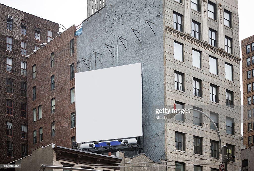 Panneau d'affichage dans la ville de New York : Photo