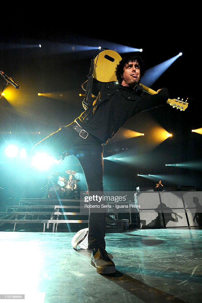 <a gi-track='captionPersonalityLinkClicked' href=/galleries/search?phrase=Billie+Joe+Armstrong&family=editorial&specificpeople=201545 ng-click='$event.stopPropagation()'>Billie Joe Armstrong</a> of Green Day in concert at Unipol Arena on June 6, 2013 in Bologna, Italy.
