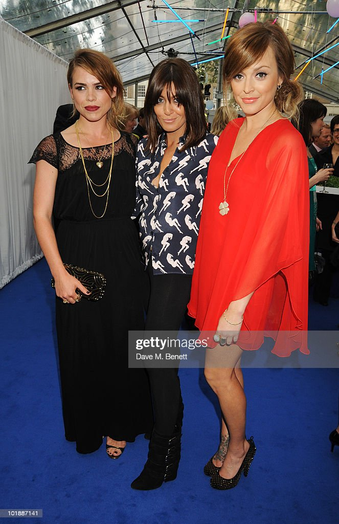 <a gi-track='captionPersonalityLinkClicked' href=/galleries/search?phrase=Billie+Piper&family=editorial&specificpeople=157486 ng-click='$event.stopPropagation()'>Billie Piper</a>, <a gi-track='captionPersonalityLinkClicked' href=/galleries/search?phrase=Claudia+Winkleman&family=editorial&specificpeople=224036 ng-click='$event.stopPropagation()'>Claudia Winkleman</a> and <a gi-track='captionPersonalityLinkClicked' href=/galleries/search?phrase=Fearne+Cotton&family=editorial&specificpeople=211497 ng-click='$event.stopPropagation()'>Fearne Cotton</a> arrive at the Glamour Women Of The Year Awards, at Berkeley Square Gardens on June 8, 2010 in London, England. on June 8, 2010 in London, England.