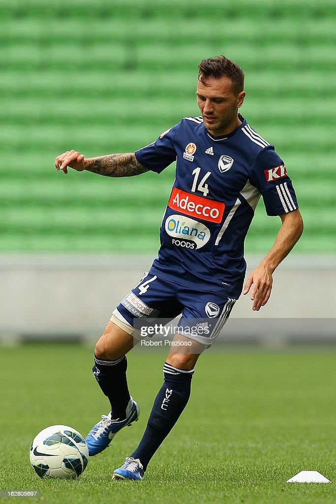 Billy Celeski passes the ball during a Melbourne Victory A-League training session at AAMI Park on February 28, 2013 in Melbourne, Australia.