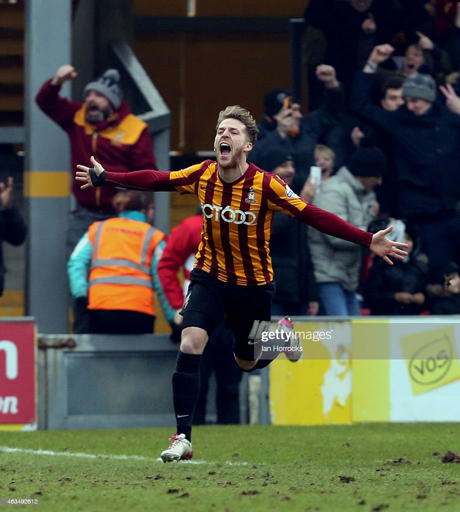 Billy Clarke of Bradford City celebrates after his shot on goal deflected off <a gi-track='captionPersonalityLinkClicked' href=/galleries/search?phrase=John+O%27Shea+-+Soccer+Player&family=editorial&specificpeople=202487 ng-click='$event.stopPropagation()'>John O'Shea</a> of Sunderland into the net, putting Bradford in front during the FA Cup fifth round match between Bradford City and Sunderland AFC at Valley Parade on February 15, 2015 in Bradford, England.