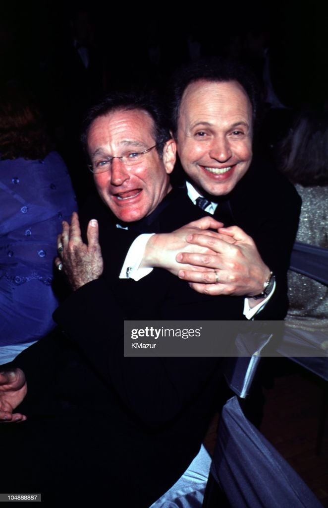 <a gi-track='captionPersonalityLinkClicked' href=/galleries/search?phrase=Billy+Crystal&family=editorial&specificpeople=202497 ng-click='$event.stopPropagation()'>Billy Crystal</a> and <a gi-track='captionPersonalityLinkClicked' href=/galleries/search?phrase=Robin+Williams+-+Actor&family=editorial&specificpeople=174322 ng-click='$event.stopPropagation()'>Robin Williams</a> during The 72nd Annual Academy Awards - Governor's Ball in Los Angeles, California, United States.