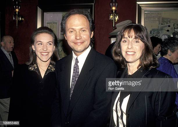 Billy Crystal [ Family] Stock Photos and Pictures   Getty ...