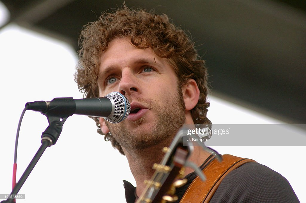 Billy Currington Performs Before the 2005 New York City Marathon