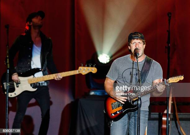 Billy Currington performs on stage during Summer Night Concert Series at PNE Amphitheatre on August 20 2017 in Vancouver Canada