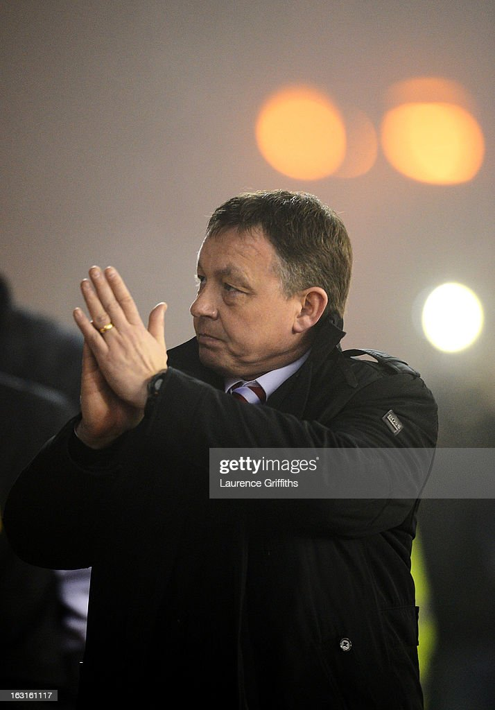 <a gi-track='captionPersonalityLinkClicked' href=/galleries/search?phrase=Billy+Davies+-+Soccer+Manager&family=editorial&specificpeople=4517301 ng-click='$event.stopPropagation()'>Billy Davies</a> the Nottingham Forest manager applauds his team's victory following the final whistle during the npower Championship match between Nottingham Forest and Ipswich Town at City Ground on March 5, 2013 in Nottingham, England.