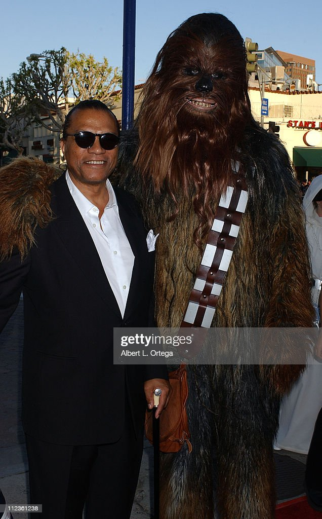 Billy Dee Williams and Chewbacca during 'Star Wars Episode III Revenge of The Sith' Premiere to Benefit Artists for a New South Africa Charity...