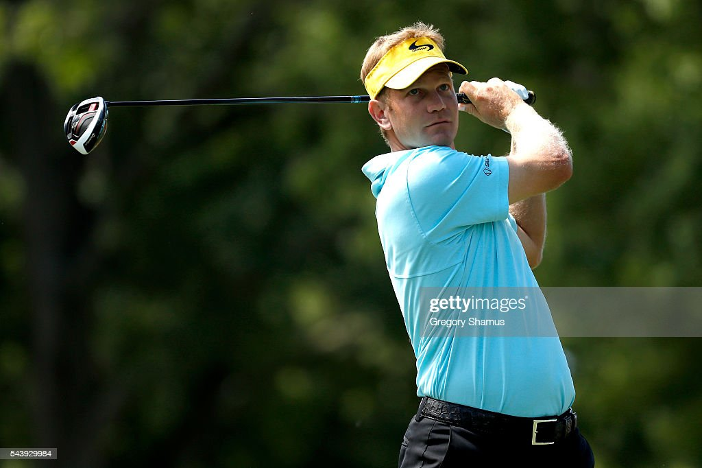 <a gi-track='captionPersonalityLinkClicked' href=/galleries/search?phrase=Billy+Hurley+III&family=editorial&specificpeople=805381 ng-click='$event.stopPropagation()'>Billy Hurley III</a> hits off the third tee during the first round of the World Golf Championships - Bridgestone Invitational at Firestone Country Club South Course on June 30, 2016 in Akron, Ohio.
