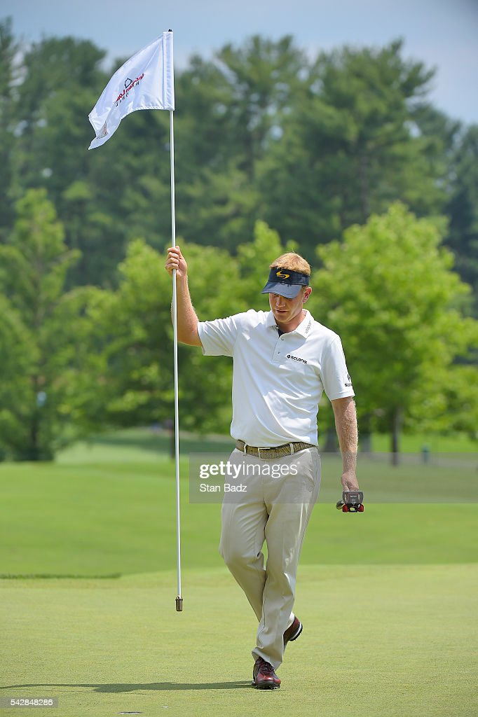 <a gi-track='captionPersonalityLinkClicked' href=/galleries/search?phrase=Billy+Hurley+III&family=editorial&specificpeople=805381 ng-click='$event.stopPropagation()'>Billy Hurley III</a> removes the pin flag on the eighth hole during the second round of the Quicken Loans National at Congressional Country Club (Blue) on June 24, 2016 in Bethesda, Maryland.