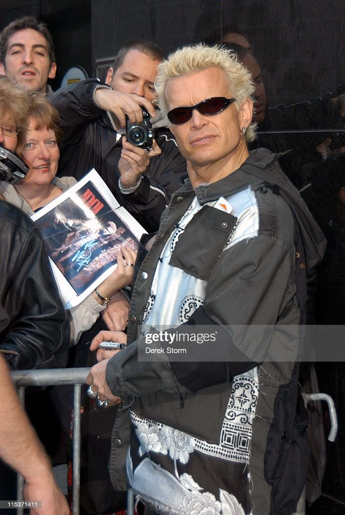 "Billy Idol Performs on ""Good Morning America"" - April 15, 2005"