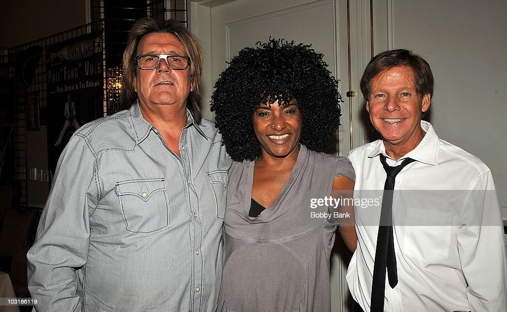 Billy J. Kramer, LaLa Brooks of The Crystals and Ron Dante of The Archies attend the 2010 Rock Con: The National Rock & Roll Fan Fest at the Sheraton Meadowlands Hotel & Conference Center on July 31, 2010 in East Rutherford, New Jersey.