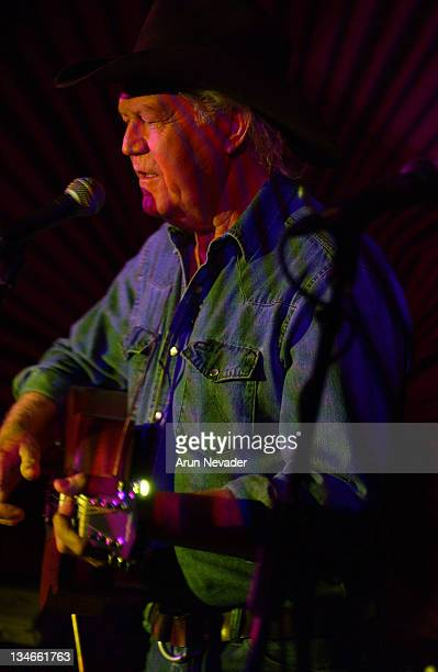 Billy Joe Shaver in concert during CineVegas 2004 Billy Ray Shaver in Concert for CineVegas at OPMCeasar's Palace in Las Vegas Nevada United States