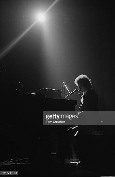 Billy Joel performing live at The Odeon Birmingham 17th March 1977