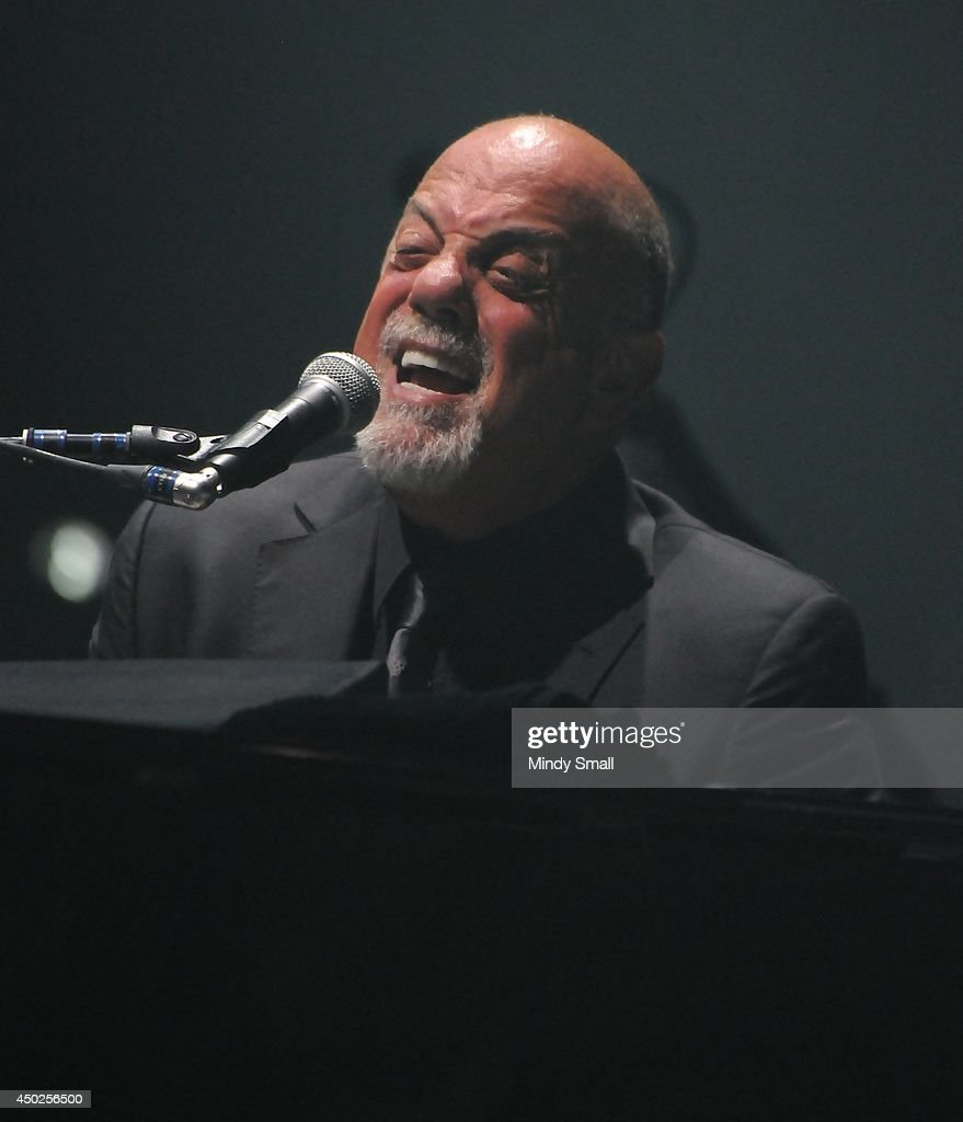 <a gi-track='captionPersonalityLinkClicked' href=/galleries/search?phrase=Billy+Joel&family=editorial&specificpeople=203097 ng-click='$event.stopPropagation()'>Billy Joel</a> performs at MGM Grand Garden Arena on June 7, 2014 in Las Vegas, Nevada.