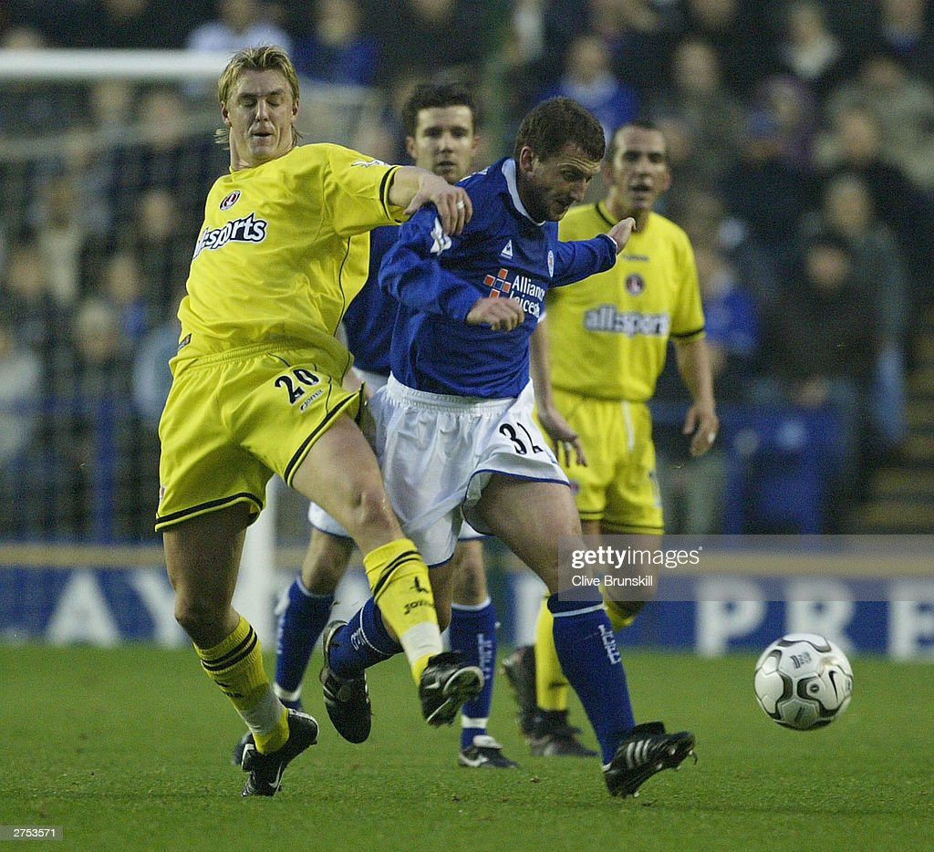Billy Mckinlay of Leicester holds off Mathias Svensson of Charlton during the FA Barclaycard Premiership match between Leicester City and Charlton Athletic at Walkers Stadium on Novermber 22, 2003 in Leicester, England.