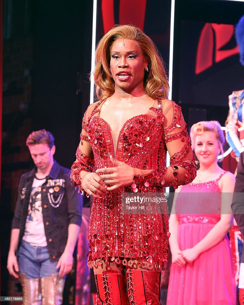 <a gi-track='captionPersonalityLinkClicked' href=/galleries/search?phrase=Billy+Porter&family=editorial&specificpeople=787592 ng-click='$event.stopPropagation()'>Billy Porter</a> celebrates the 'Kinky Boots' one year anniversary on Broadway at The Hirshfeld Theatre on April 6, 2014 in New York City.