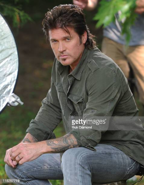 COVERAGE*** Billy Ray Cyrus Hosts Miltary Families at His Farm for the TV taping of 'I'm American' shot by Disney to air on Great American Country...