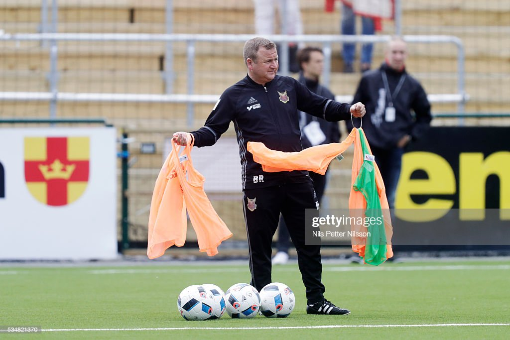 Billy Reid, assistant coach of Ostersunds FK during the Allsvenskan match between Ostersunds FK and Malmo FF at Jamtkraft Arena on May 28, 2016 in Ostersund, Sweden.