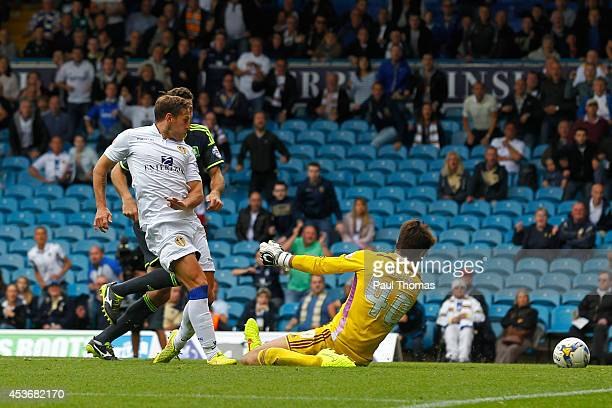 Billy Sharp of Leeds scores his sides' first goal during the Sky Bet Championship match between Leeds United and Middlesbrough at Elland Road on...