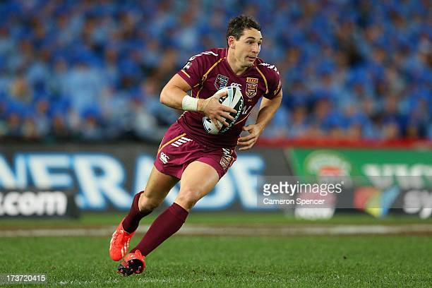 Billy Slater of the Maroons runs the ball during game three of the ARL State of Origin series between the New South Wales Blues and the Queensland...