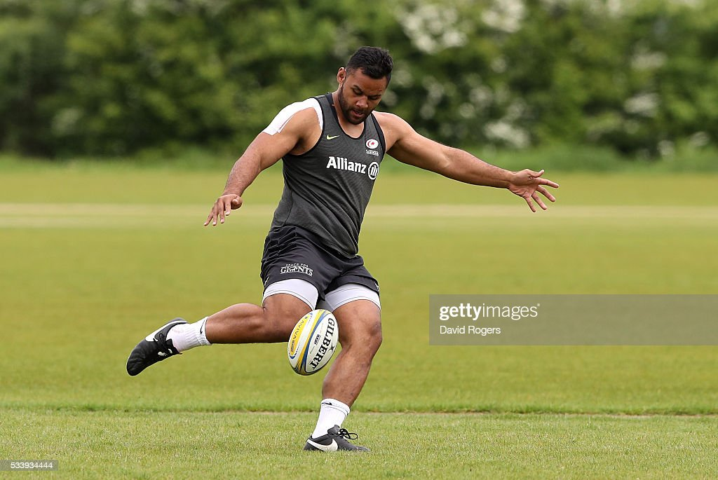 <a gi-track='captionPersonalityLinkClicked' href=/galleries/search?phrase=Billy+Vunipola&family=editorial&specificpeople=5771576 ng-click='$event.stopPropagation()'>Billy Vunipola</a> kicks the ball upfield during the Saracens training session held on May 24, 2016 in St Albans, England.
