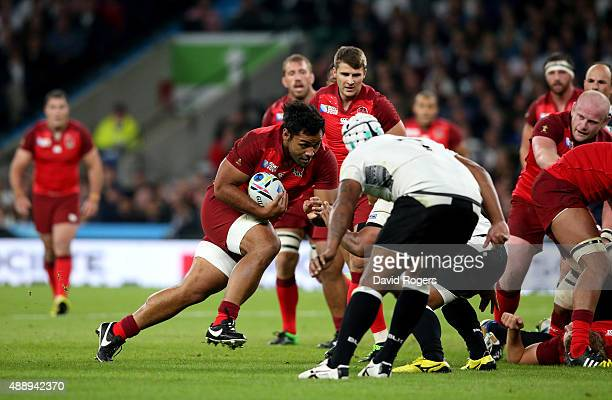 Billy Vunipola of England charges forward during the 2015 Rugby World Cup Pool A match between England and Fiji at Twickenham Stadium on September 18...