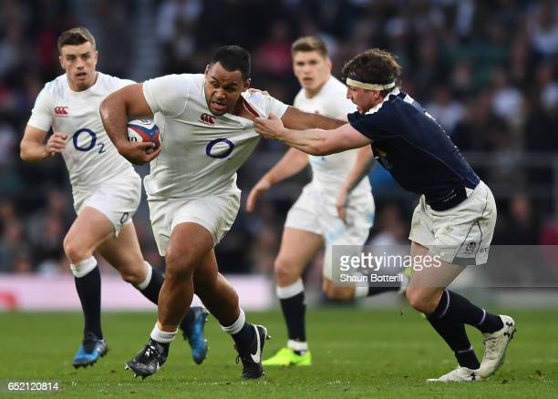 Billy Vunipola of England escpaes the challenge from Hamish Watson of Scotland during the RBS Six Nations match between England and Scotland at...