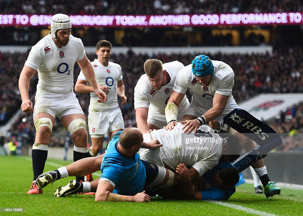 <a gi-track='captionPersonalityLinkClicked' href=/galleries/search?phrase=Billy+Vunipola&family=editorial&specificpeople=5771576 ng-click='$event.stopPropagation()'>Billy Vunipola</a> of England goes over to score his try during the RBS Six Nations match between England and Italy at Twickenham Stadium on February 14, 2015 in London, England.