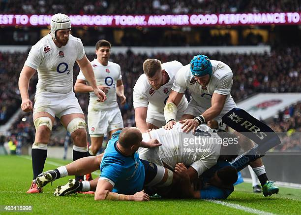 Billy Vunipola of England goes over to score his try during the RBS Six Nations match between England and Italy at Twickenham Stadium on February 14...