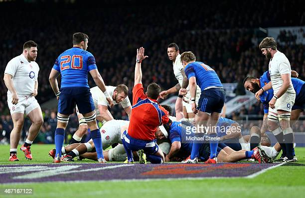 Billy Vunipola of England scores England's seventh try during the RBS Six Nations match between England and France at Twickenham Stadium on March 21...