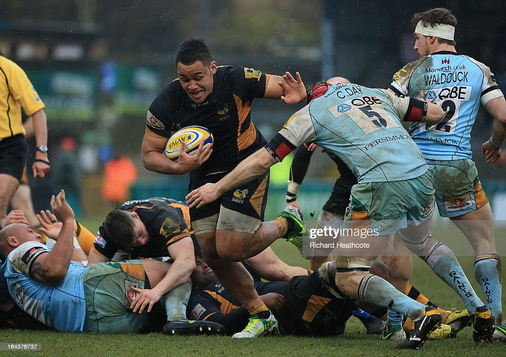 Billy Vunipola of London Wasps surges forward during the Aviva Premiership match between London Wasps and Northampton Saints at Adams Park on March 23, 2013 in High Wycombe, England.