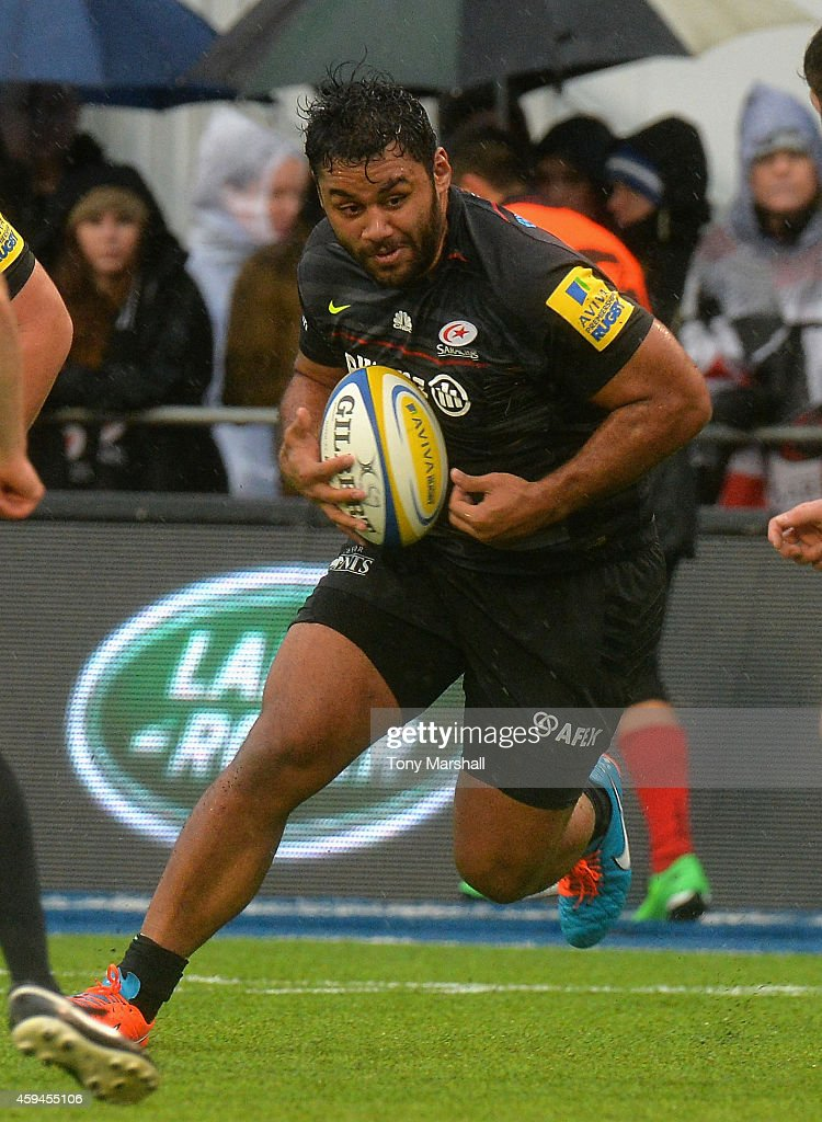 Billy Vunipola of Saracens charges forward during the Aviva Premiership match between Saracens and Northampton Saints at Allianz Park on November 23...