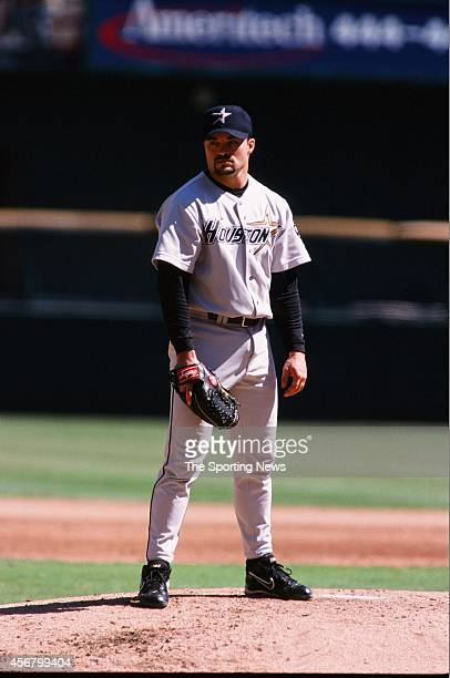 Billy Wagner of the Houston Astros looks on against the St Louis Cardinals at Busch Stadium on September 19 1999 in St Louis Missouri