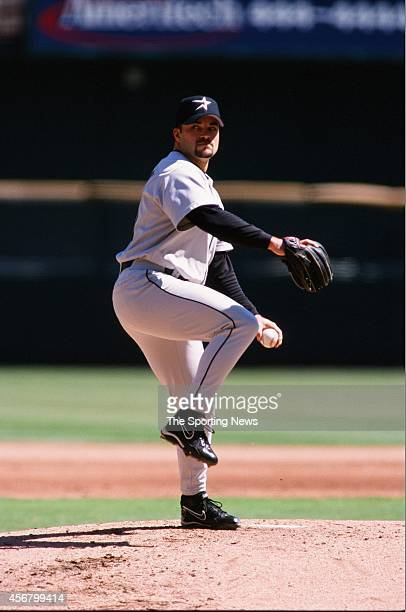 Billy Wagner of the Houston Astros pitches against the St Louis Cardinals at Busch Stadium on September 19 1999 in St Louis Missouri