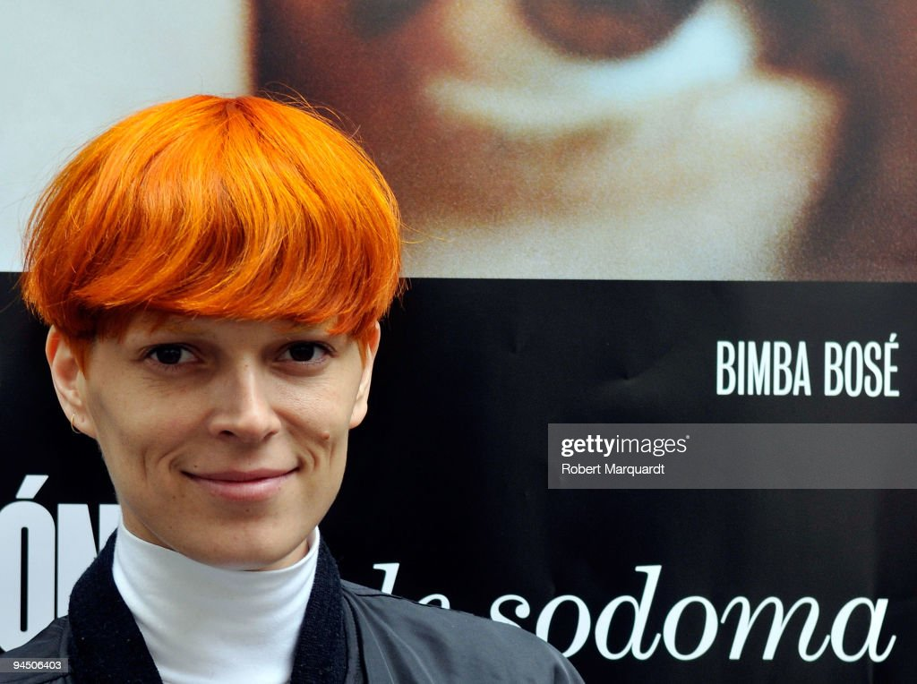Bimba Bos? attends the photocall for 'El Consul de Sodoma' at the Cine Verde on December 16, 2009 in Barcelona, Spain.