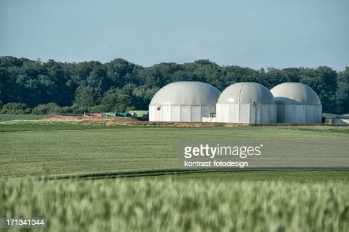 Bioenergie, Biomass energy plant in a rural landscape
