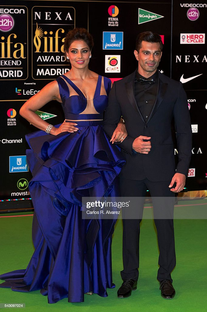 <a gi-track='captionPersonalityLinkClicked' href=/galleries/search?phrase=Bipasha+Basu&family=editorial&specificpeople=695956 ng-click='$event.stopPropagation()'>Bipasha Basu</a> and husband Karan Singh Grover attend the 17th IIFA Awards (International Indian Film Academy Awards) at Ifema on June 25, 2016 in Madrid, Spain.