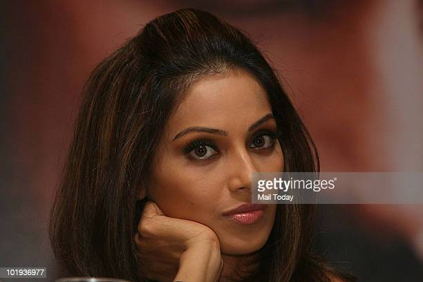 Bipasha Basu at the IIFA awards in Colombo on June 4 2010