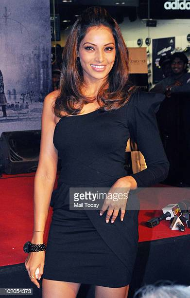 Bipasha Basu at the music launch of the film 'Lamhaa' in Mumbai on June 11 2010