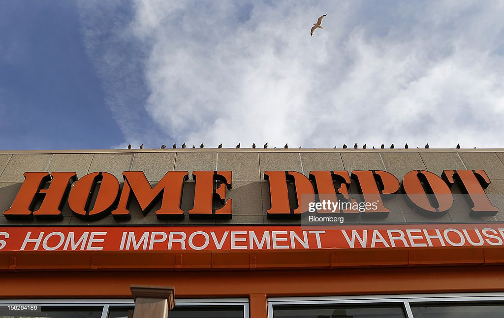 A bird flies over a Home Depot Inc. store in Washington, D.C., U.S., on Monday, Nov. 12, 2012. Home Depot Inc. is scheduled to release earnings data on Nov. 13. Photographer: Andrew Harrer/Bloomberg via Getty Images